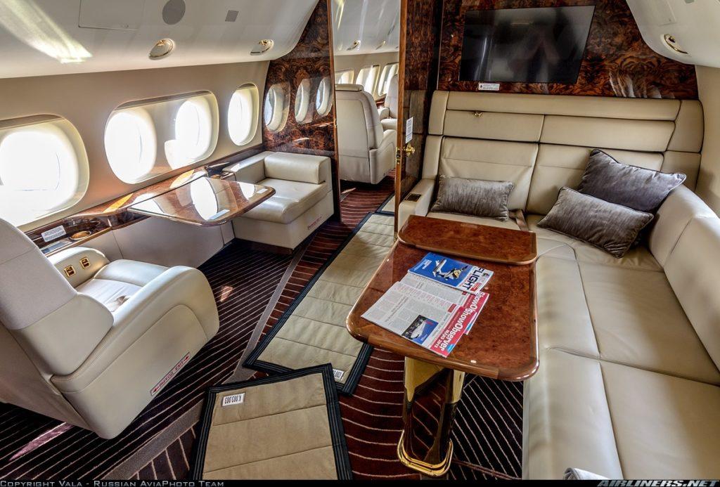 Sukhoi Super Jet 100 VIP - интерьер