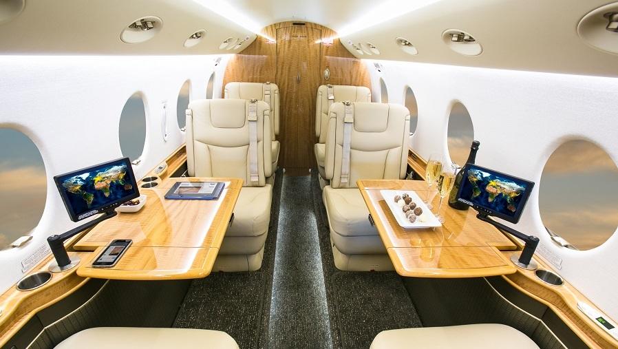 Салон Gulfstream G150