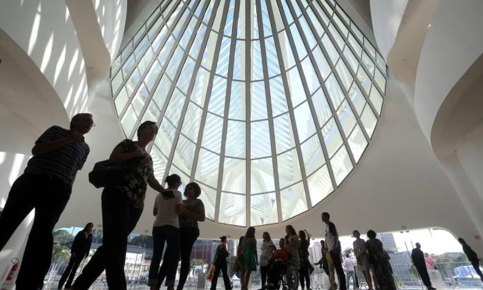 Museu do Amanha: Верхний уровень занимает 5000 кв. м выставочных площадей, предназначенных не только под искусство, но и для экспозиций, посвященных важным социальным проблемам