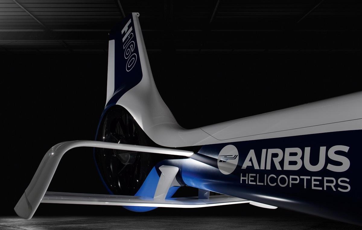 Отличительный дизайн H160 включает в себя две новинки от Эйрбас Хеликоптерс, обеспечивающие улучшенную производительность и стабильность полета